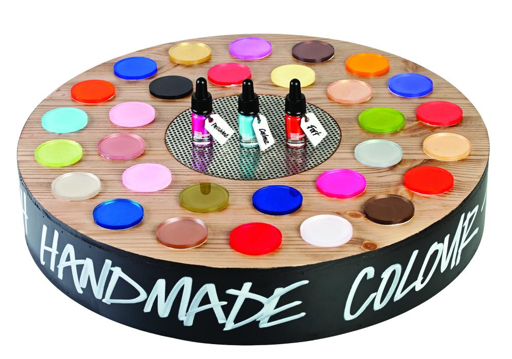 roue-brillance-_motive-lush la gamme emotional brilliance de lush